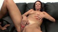 Stacked cougar in heat Vanessa has a hung guy plowing her hairy slit