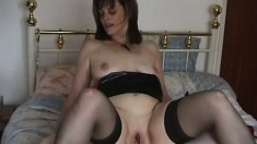 Fat housewife in lingerie takes charge of her boss' big dick