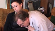 Slutty babe has an old man fucking her cunt and unloading in her mouth