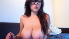babe 2girlsunlimited flashing boobs on live webcam