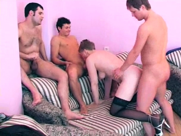 Russian Ffm Teen Threesome Hd
