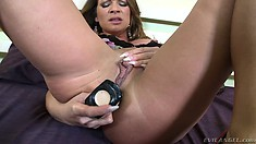 Luscious cougar has fun with sex toys and takes a hard cock up her ass